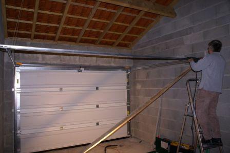 Porte De Garage Sectionnelle  Nady Et Seb Construisent